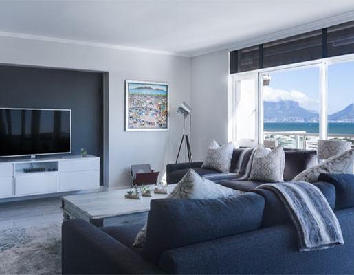 interior-designer-living-sofa